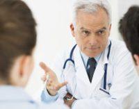 Conservarea fertilității în rândul tinerilor cu cancer trebuie stimulată
