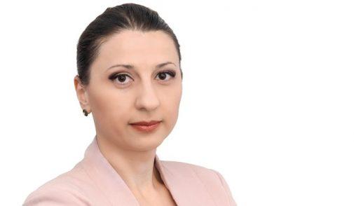 Cine și ce face cu politica medicamentului în România