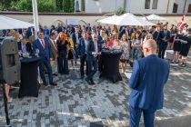 """Changing health. Life changing"" – garden party  la Ambasada Danemarcei"