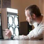 Fond comun de investiții pentru tratarea demenței, în valoare de 100 milioane dolari