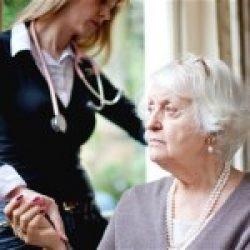 Îngrijirea vârstnicilor din Marea Britanie ar putea deveni nesustenabilă