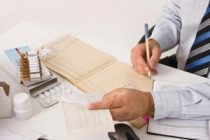 Pacienții cu boli reumatice vor avea acces la noile medicamente biologice, după 1 august