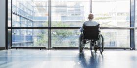 Studiu: Accesul la tehnologiile de asistare pentru vârstnici lasă de dorit