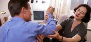 Bolile reumatice triplează șomajul