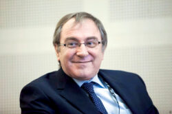 Excelența clinică în oncologie, față în față cu inovația în tehnologie