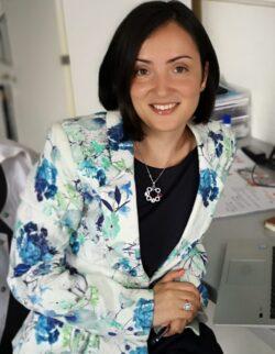 Profil de cercetător: lector dr. Bianca Gălățeanu, de la biomateriale la patologia oncologică