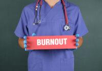 Sindromul burnout la personalul medical– factori de predicție