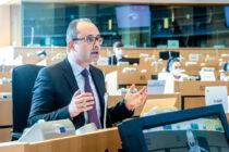 """""""În toată istoria Uniunii Europene, lupta împotriva cancerului nu  a mai beneficiat de atât de  mult sprijin"""""""